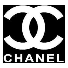 We use CHANEL makeup - Harlem Hair Noosa